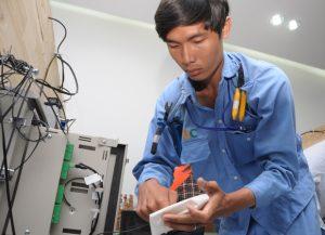 Luôn có nhân viên kĩ thuật túc trực tại phòng net từ 1-2 ngày vào giai đoạn khai trương